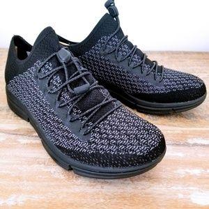 NIB Merrell Women's Zoe Sojourn Lace Knit Sneaker